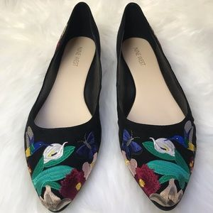 NEW Nine West Suziella floral embroidered flats 9